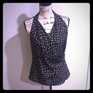 Gorgeous Lafayette 148 sleeveless blouse